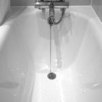 お風呂の赤カビの取り方!何を使って落とすのがいいの!?