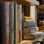 本棚のカビの除去方法!本にカビが発生している時は?