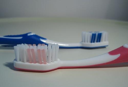 カビ 歯ブラシ 取り方